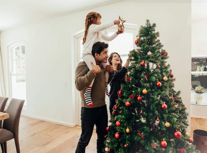 Reasons To Put an Artificial Christmas Tree on Your Holiday List