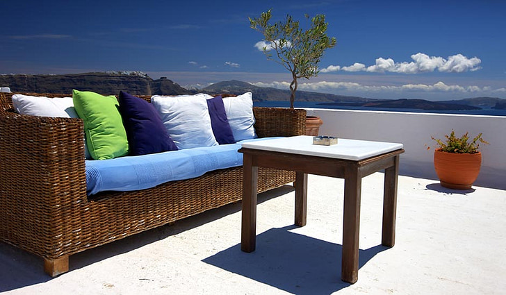 Opt For Exotic Wood Garden Furniture